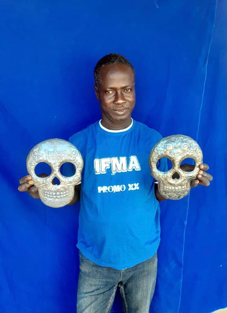 Skull Metal Art